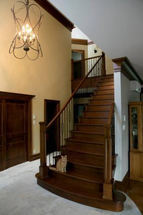 Escalier ouvert 1 et 2 côtés, en érable