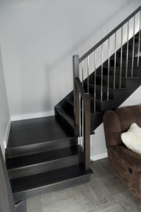 Escalier en merisier ouvert 1 côté