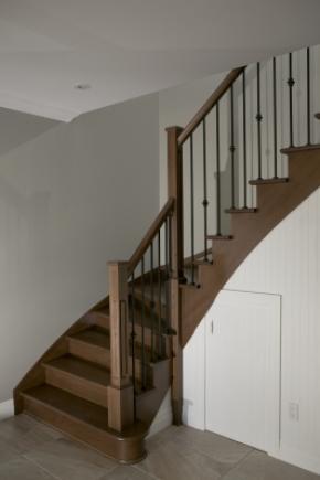 Escalier balancé ouvert 1 côté en frêne