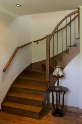 Escalier balancé ouvert 1 côté