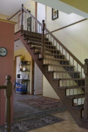 Escalier avec limon 1-3/4 ouvert 1 côté en chêne
